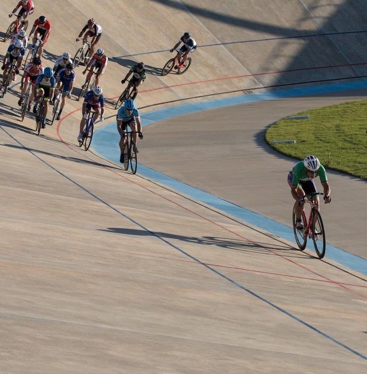 Glen racing on the velodrome